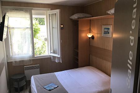Hôtel** La Côte Océane à Saint Jean de Monts en Vendée à 350 m de la ...